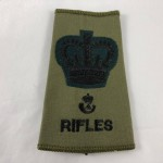 Military Cloth Badge Bugles Rifles Warrant Officer- Lot 681C