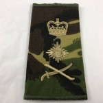 Military Cloth Badge - General - Sword Right with Queen's Crown - Lot 697C