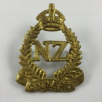 2nd New Zealand Expeditionary Force 2NZEF Cap Badge - Lot 526C